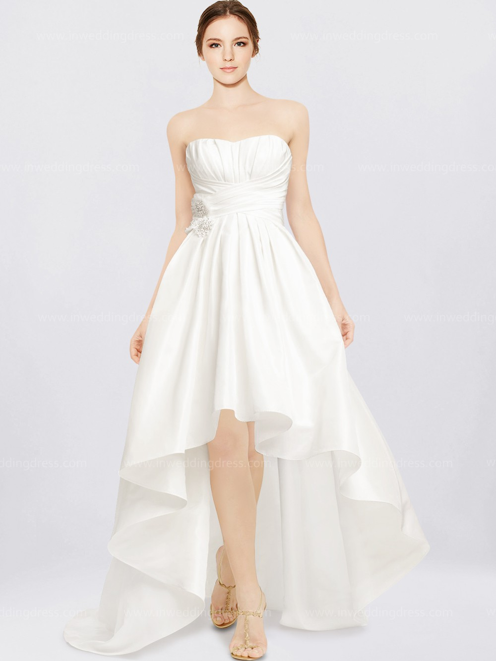 your guide to buying a beach wedding dress big poofy wedding dresses Taffeta Beach Wedding Dress